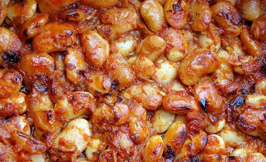 Baked butter beans and bacon