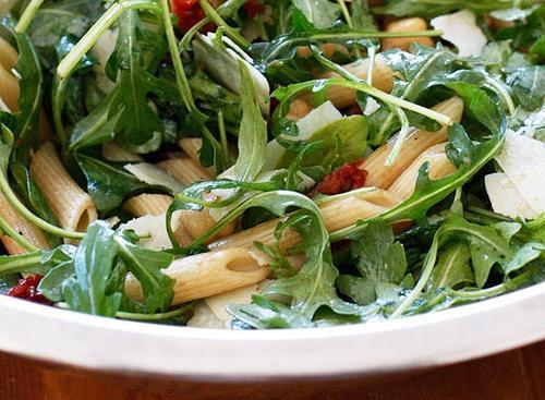 Κρύα σαλάτα με πένες