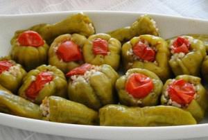 Πιπεριές γεμιστές λαδερές (Πολίτικες)
