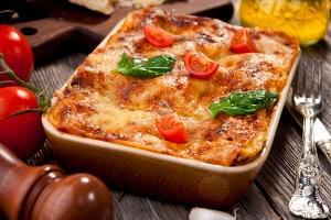 Ζυμαρικά αχιβάδες με σπανάκι και τυριά