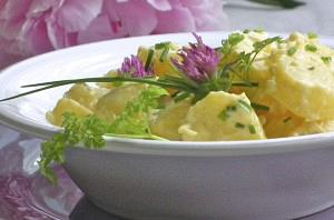 Refreshing potato salad