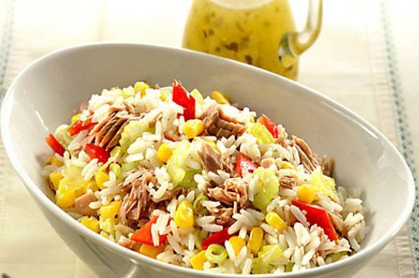 Καλοκαιρινή σαλάτα ρυζιού