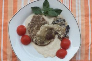 Στρογγανόφ με μοσχάρι και γιαούρτι