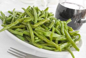 Σαλάτα με αμπελοφάσουλα (βελόνες)