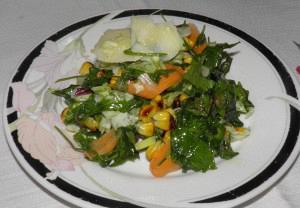 Πολύχρωμη σαλάτα με άρωμα λουίζας
