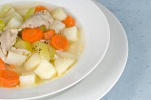 Κοτόσουπα με λαχανικά