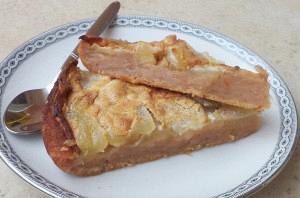 Πίτα με μήλα και μαρμελάδα