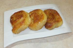 Greek custard pie rolls (Galaktoboureko rolls)