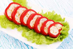 Chicken stuffed red peppers (Florina peppers)