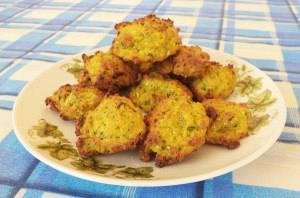 Kolokythokeftedes (baked zucchini balls)