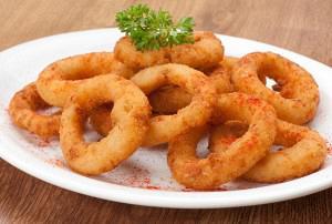 Κρεμμύδια τηγανιτά  (onion rings)