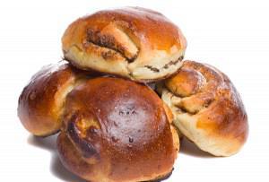 Ψωμάκια μπριός με γέμιση πραλίνα