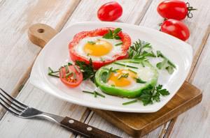 Πιπεριές με αυγά μάτια