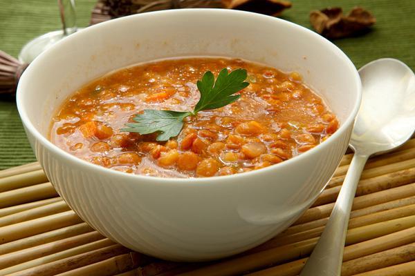 Σούπα με κόκκινες φακές