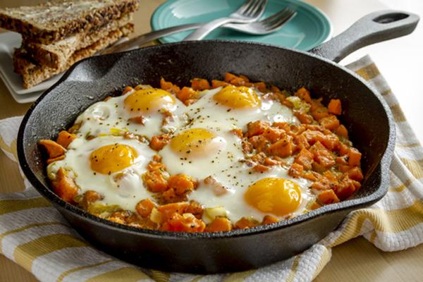 Αυγά φούρνου με γλυκοπατάτες