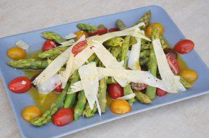 Σπαράγγια σαλάτα
